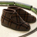 Mens Wide Bootie Slippers